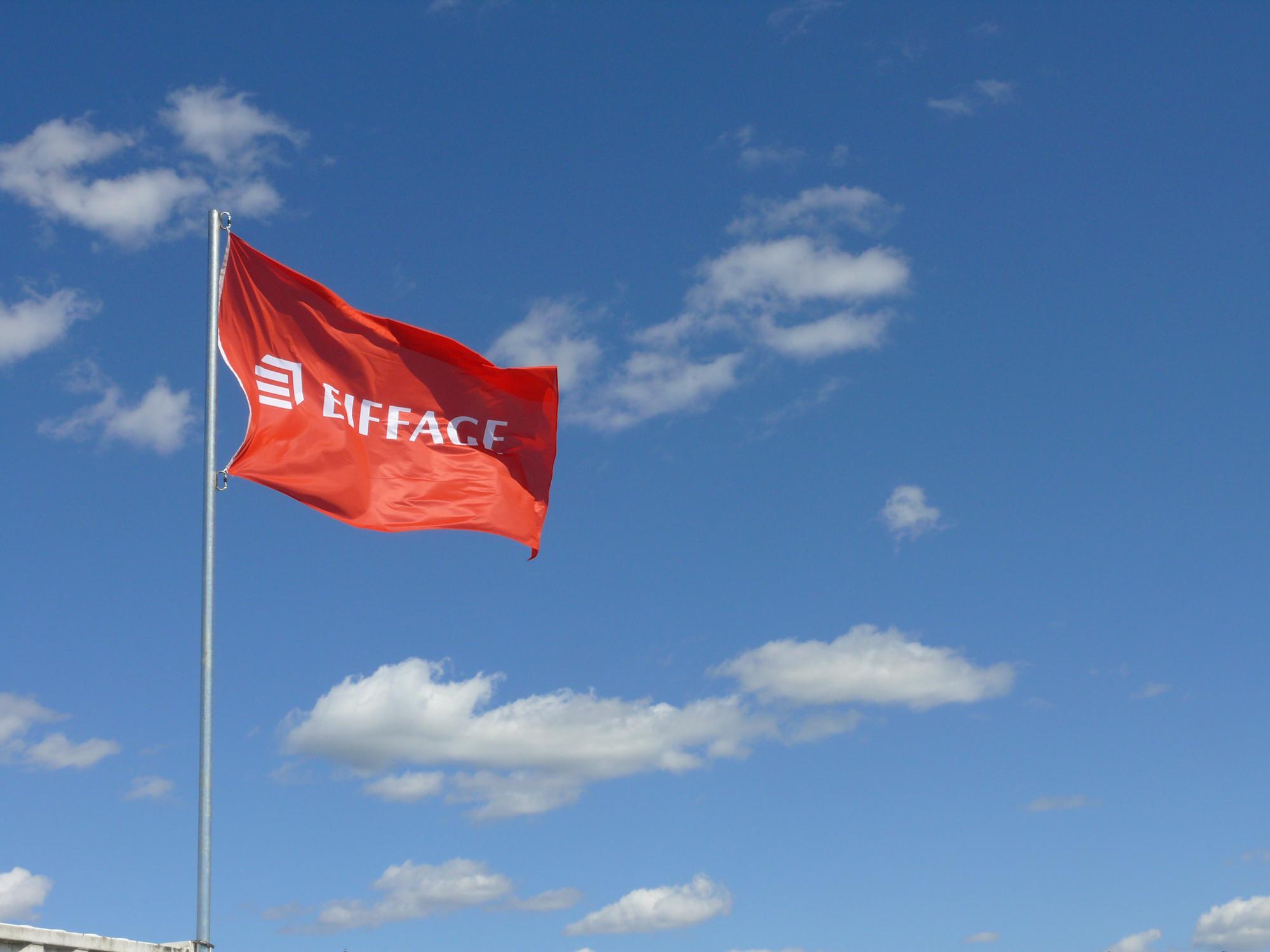 eiffage_drapeau